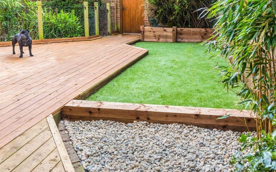 Turf Backyard for Dog
